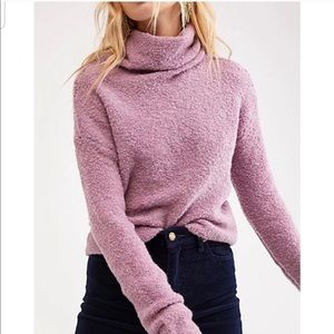 NWT FREE PEOPLE- Stormy Pullover in Lavender